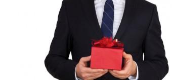 Pomysły na prezent dla naszego szefa na 50 urodziny
