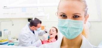 Jakie kwalifikacje powinna posiadać asystentka stomatologiczna?