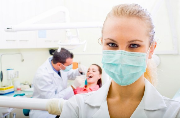 chairside-dental-assistant