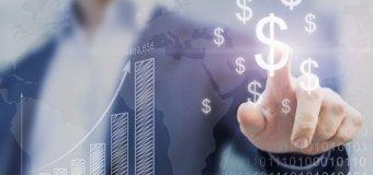 Atrakcyjne pożyczki na start – online czy w placówce?