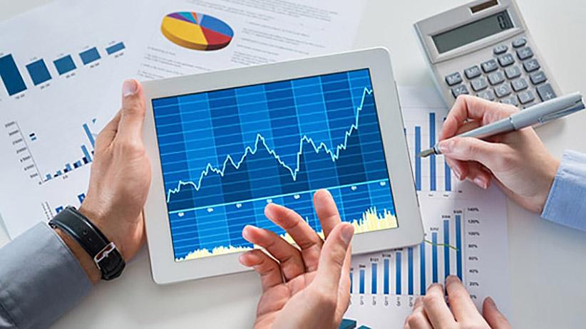 how-score-advisor-when-startup-has-money