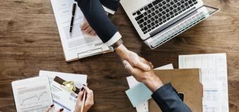 Profesjonalna obsługa stoisk firmowych na targach – rozwiń swój biznes.