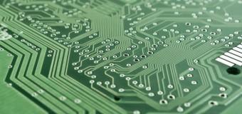 Czym zajmuje się sztuczna inteligencja i jaki ma wpływ na biznes?
