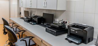 Jaką drukarkę wybrać do biura – atramentową czy laserową?