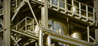 Czy warto inwestować w przemysł chemiczny i petrochemiczny?